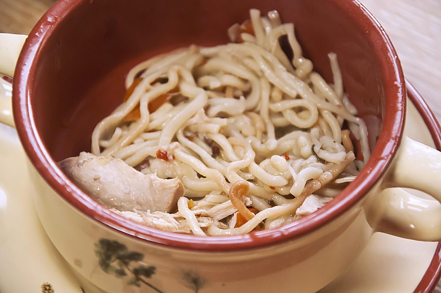 Куриный суп с жареной лапшой_DSC_5671