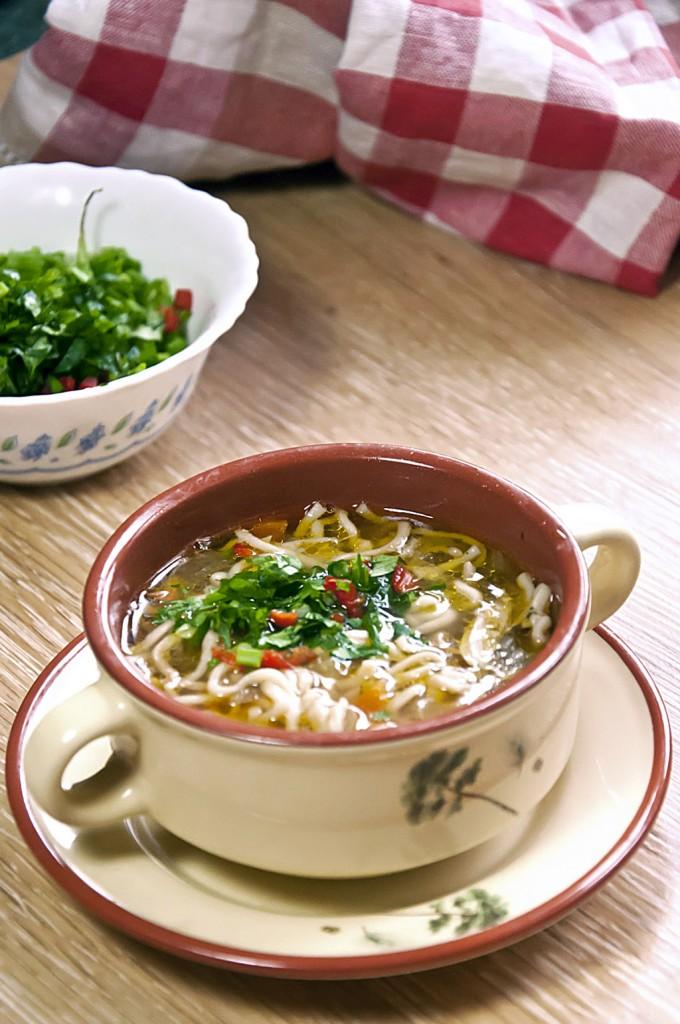 Куриный суп с жареной лапшой_DSC_5685